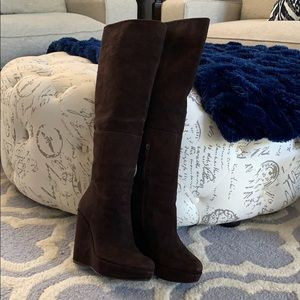 Stuart Weitzman suede knee boots size 7